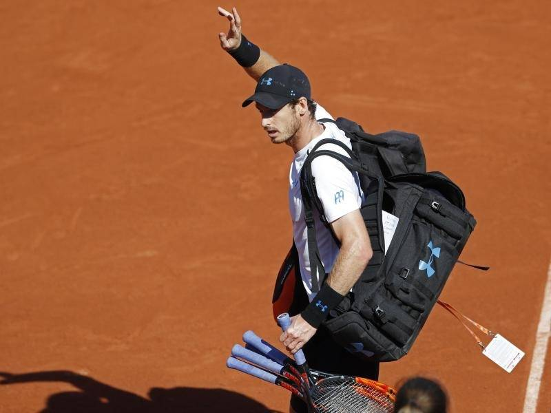 Thiem besiegt Paris-Titelverteidiger Djokovic